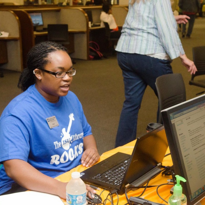 September 18, 2014 Cunningham Library Extravaganza7315-X2 copy.jpg