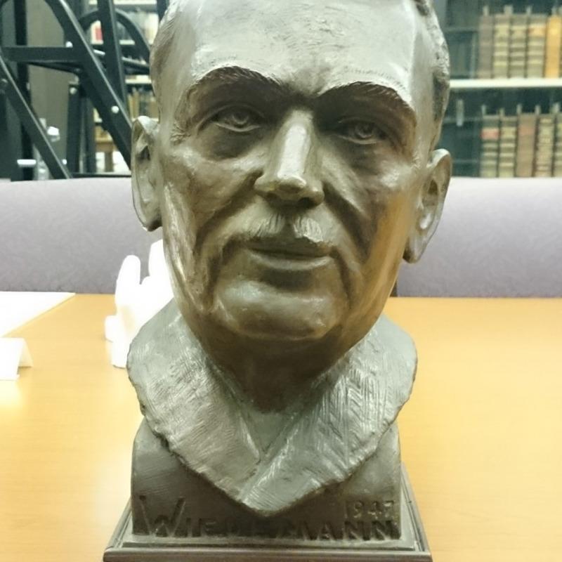 Dr. Wiedemann
