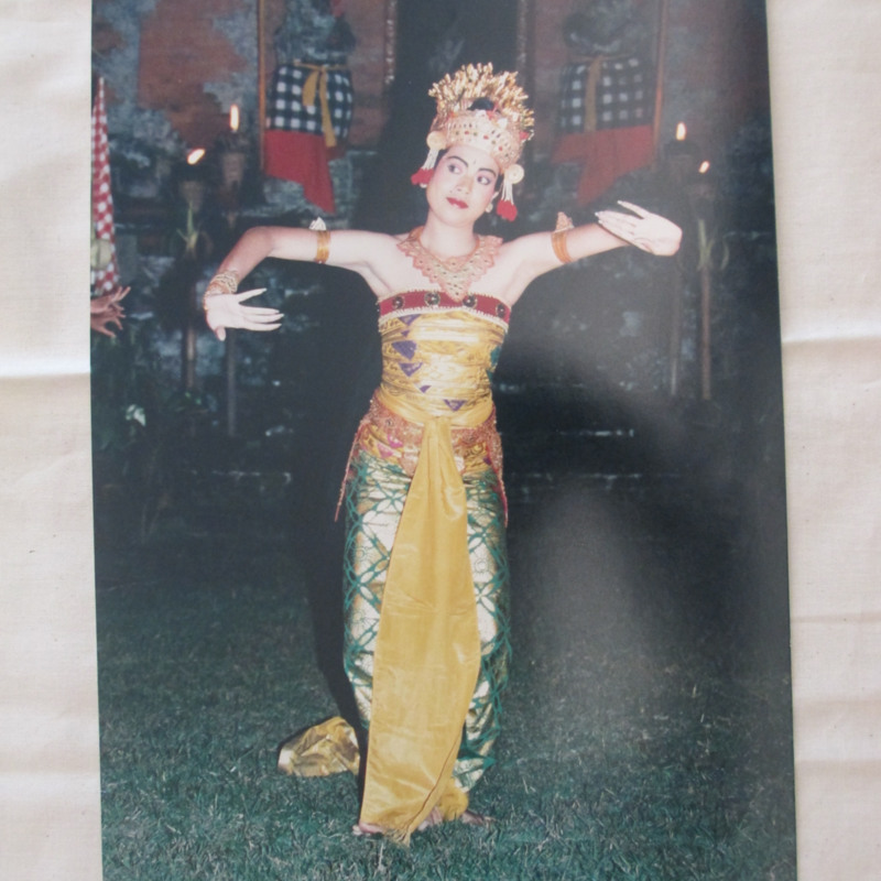 Bali dancer in green and gold