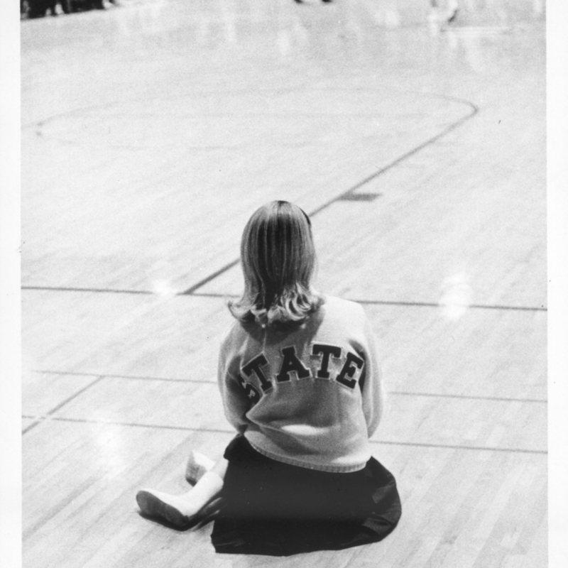 Cheerleader Sitting