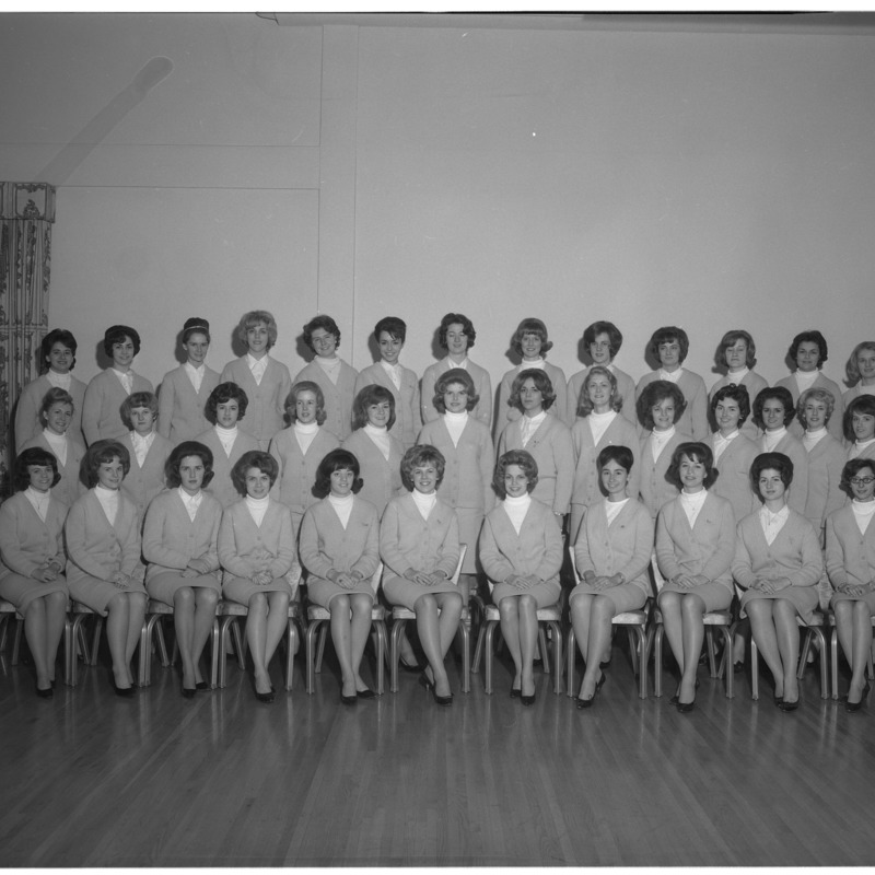 Alpha Phi group photo, 1964