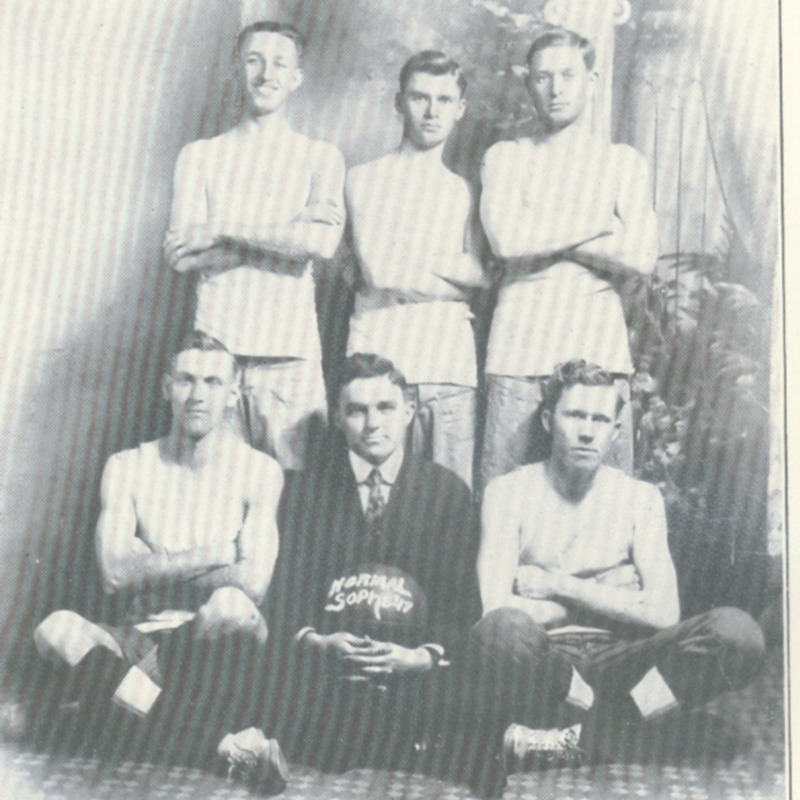sophomore basket ball team-1915 copy.tif