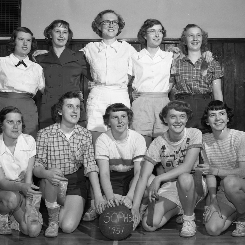 Women's Physical Education Sophomore Basketball winners, 1954