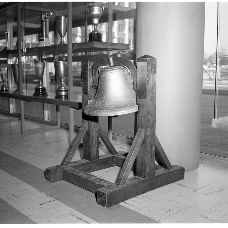 Victory bell, 1963
